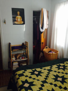 Room 4 Rent to Female Student