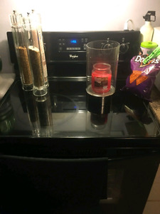Whirlpool glass top stove and Frigidaire fridge for sale 800 $