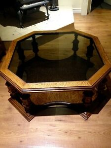 Table basse antique en érable (excellente condition)