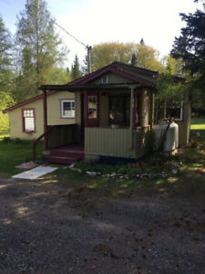 Room for Rent in Haliburton, for Flemming Collage students