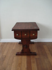 Coffee table/night stand with drawer