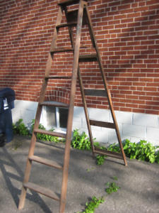 8 foot wooden step ladder $40