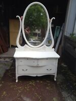 Gorgeous French Provincial Dresser