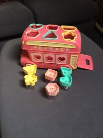 Early learning centre shape sorter bus