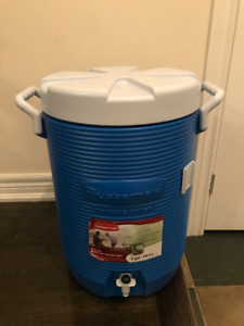FS: Rubbermaid 5 Gal Water cooler - NEW- 2 coolers available.