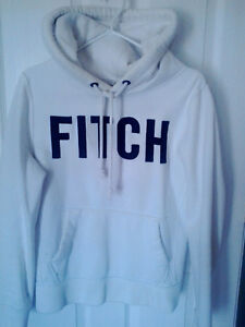 Fitch Hoodie, toque, trackpants