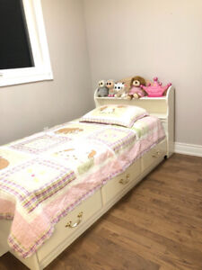 Girl's Twin Mate's Bed with Drawers & Bookcase Headboard - WHITE