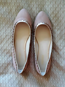 Nine West pink flats. Size 9. New condition.