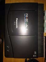Panasonic 3DO FZ-10 complete with 4 games, 4 controllers 3D0