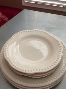 Pottery Barn Emma Dinnerware Collection Dishes Oakville / Halton Region Toronto (GTA) image 3