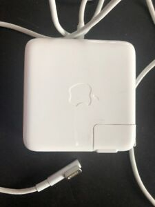 Apple MacBook 60W Magsafe Power Adapter