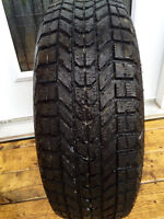 Selling 4 205/60/16 winter tire