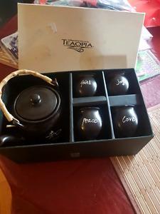 Teopia tea set