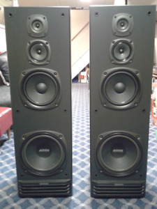 Kenwood Surround Sound Speakers , Tuner and Cassette