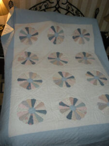 HOMEMADE QUILT - smoke free home