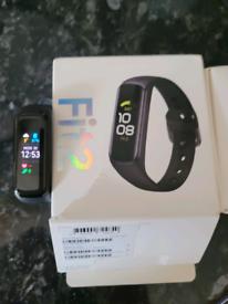 Samsung galaxy fit 2 watch