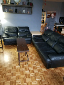 Great leather couches for sale