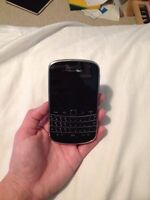 Blackberry Bold 9900 with touch screen