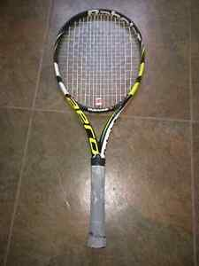Aero tennis racket.