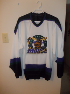VINTAGE MINNESOTA MOOSE JERSEY ( NEW )  SR LARGE