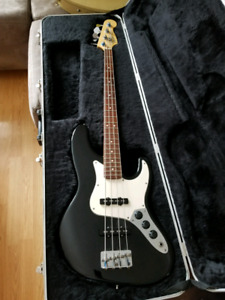 22 Fret Fender American Jazz Bass