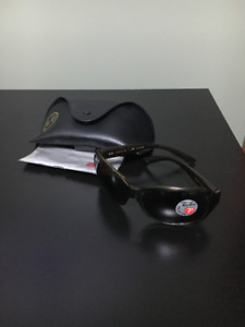 Women's Ray Ban 4118 Polarized Sunglasses - Never used