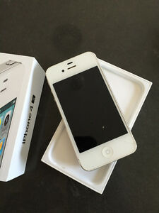 Iphone 4S 16 GB-Virgin (Great service packages)