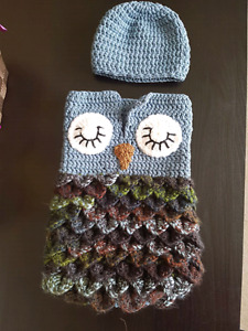 Handmade knitted Owl cucoon