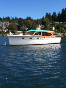 1947 36 foot Chris Craft Salon Cruiser