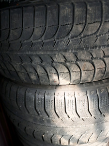 Pneu michelin x ice 235/60r16