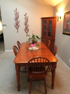 Cherry Wood Dining room set with hutch