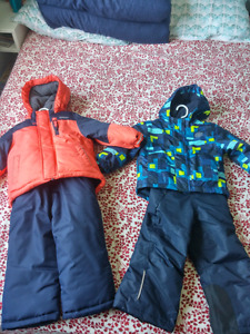 2T snow suits new!