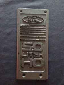 Mustang 1986 upper intake plaque (2 available)
