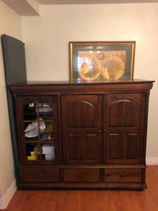 Tv cabinet great shape
