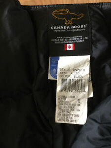 Canada goose snow pants very warm and great condition.
