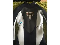 Mares she dives 5mm wetsuit Size 2