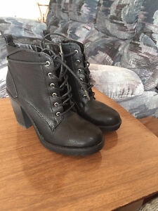 Selling Ankle Boots (Great Condition)