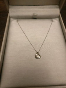 People's Jewelry 10k white gold necklace with pendant