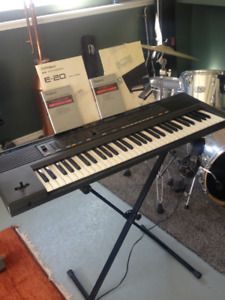 Roland Keyboard and Headphone/Microphone combo