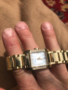 DIAMOND SOLID 18 K GOLD BAUME AND MERCIER WATCH