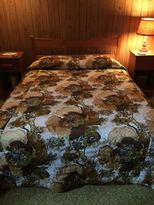 Double Bed (excludes matress)