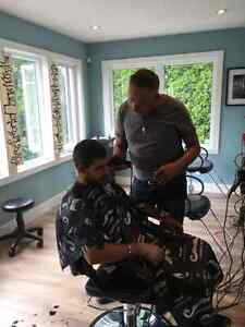 Hairstylist assistant and shampoo person Cambridge Kitchener Area image 3