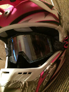 Womens Zox Ltd Ed. Pink Helmet with Pink Fox Goggles Brand New X Cambridge Kitchener Area image 7