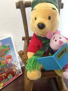"""Pooh & Piglet Read """"Twas the Night Before Christmas"""""""