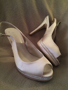 Ladies satin sparkly shoes Cornwall Ontario image 1