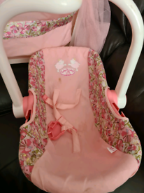 Baby annabell cot and car seat