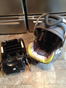 Baby Trend Car Seat & Base $40 OR BEST OFFER