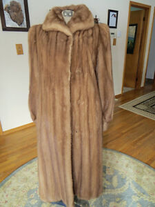 Mink coat in perfect condition