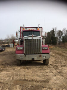 Camion de service forestier Kenworth (prix révisé)
