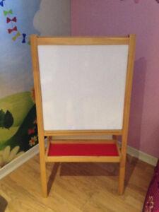 Tableau chevalet dessin IKEA enfant 20$